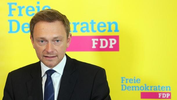 fdp-chef-christian-lindner-in-der-fluechtlingsfrage-zu-scharf-fuer-die-suedwest-liberalen-